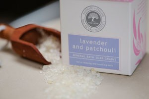 Wild Olive lavender and patchouli bath salts